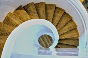 Escaleras de madera en la Calera